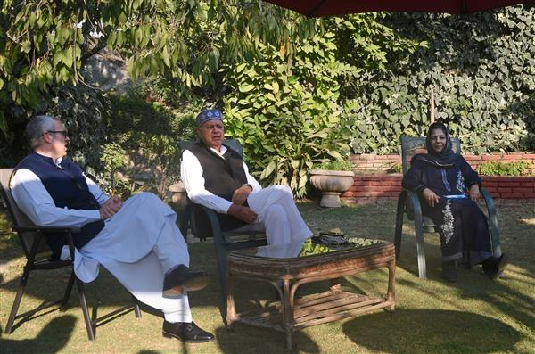 6 J-K parties ally for restoration of pre-Aug 2019 'constitutional status'