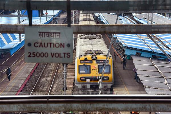 Massive power outage leaves trains stuck on tracks in Mumbai; services resume partially