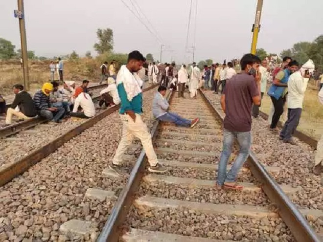 Gurjar agitation: Railways cancels 3 trains, diverts 29 others; Rajasthan govt says open to negotiations with protesters