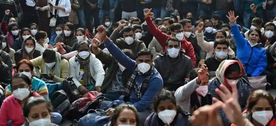 DELHI: Thousand of Nurses on Indefinite Strike Amid Pandemic
