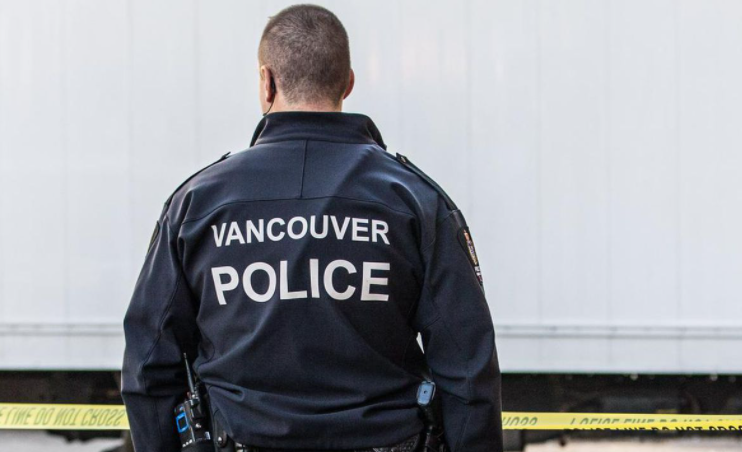 Vancouver Police Officer seriously injured during mask dispute