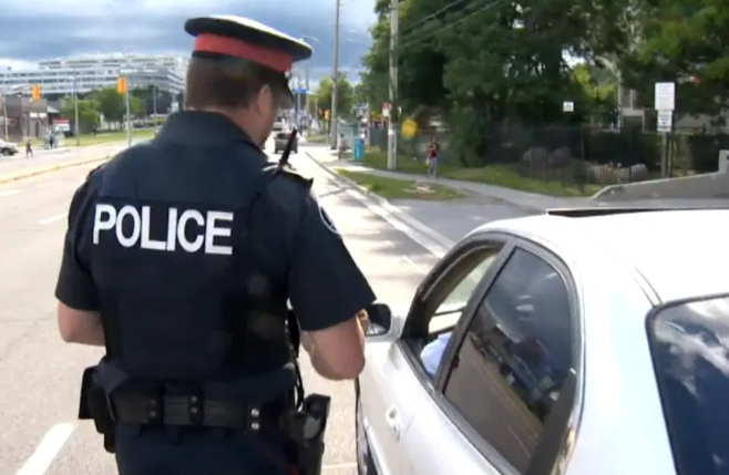 Police road checks will be used to enforce Covid-19 travel ban in BC